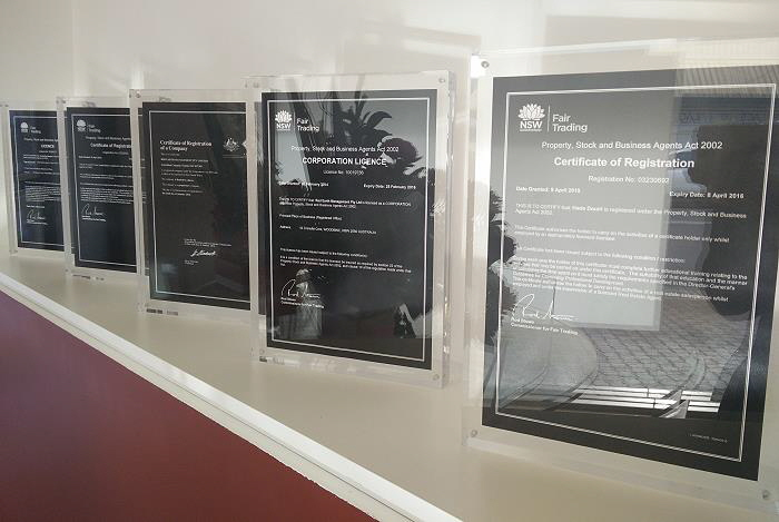 a4 certificate display 700x470
